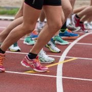 4 Methods for Navigating the Track Through Windy Weather